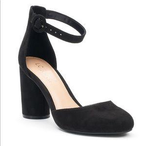 Lauren Conrad velvet Mary Jane pumps black Sz 8
